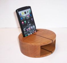 Smartphone Amplifier Handcrafted from Cherry Hardwood