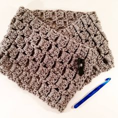 Cowl, Knitting, Grey, Crochet, Projects, Handmade, Instagram, Gray, Log Projects