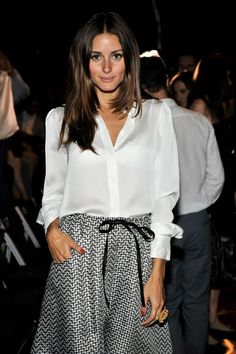 I ♥ ♥ ♥ this look! Tanned, but not overly. Shiny brown hair (a la Kate Middleton) and the crisp white silk shirt paired with the silk skirt. PERFECTION!