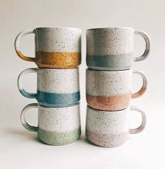 Freckled Pottery – handmade pottery based in North Texas Sommersprossige Keramik – handgemachte Keramik aus Nordtexas Ceramic Mugs, Ceramic Art, Stoneware, Ceramic Bowls, Earthenware, Pottery Mugs, Ceramic Pottery, Painted Pottery, Pottery Place