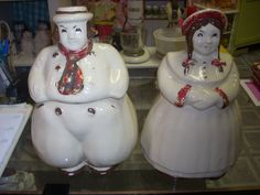 Shawnee Dutch Boy & Dutch Girl Cookie Jars $85.00 for the pair/taken by Jazz'e Junque in Chicago www.jazzejunque.com