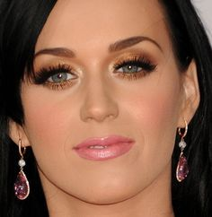 Holiday Makeup - love the makeup, and Katy Perry...but her expression looks a bit severe here...like...transexualish...eesh
