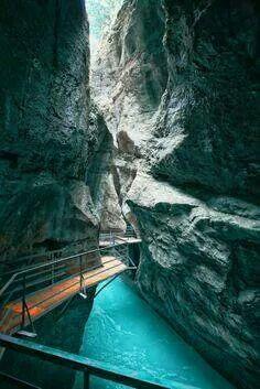 Canyon walk, Aare George, Switzerland