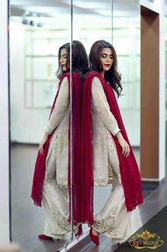 So beautiful Pakistani Wedding Outfits, Pakistani Dresses, Indian Dresses, Indian Outfits, Pakistani Couture, Pakistani Dress Design, India Fashion, Asian Fashion, Stylish Dresses