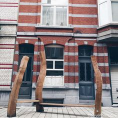 Feel the #wave #gent #ghent #visitgent #chairs #street #streetphotography #igbelgium #belgium #vsco #vscocam #wanderlust #travel #travelgram #architecture #architecturelovers #city #belgium_unite