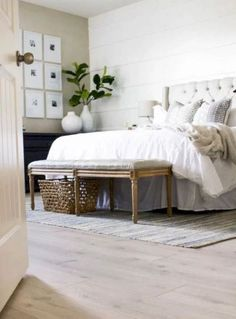 Awesome Modern Farmhouse Bedroom