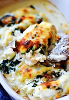 Cheesy Chicken Spinach Bake is loaded with a creamy cheese mixture, sautéed spinach and chicken breasts. This is a delicious low carb meal and really simple to prepare!Please visitfor full recipes. Chicken Spinach Bake, Oven Baked Chicken, Baked Chicken Recipes, Cheesy Chicken, Baby Spinach, Keto Chicken, Chicken Lasagna, Mushroom Chicken, Chicken Casserole