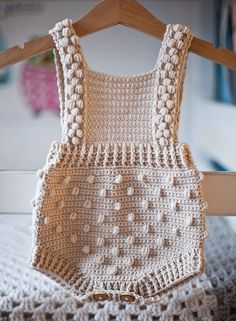 Crochet Romper, Crochet Baby Clothes, Crochet Hooks, Knit Crochet, Crochet Baby Outfits, Crochet Baby Stuff, Baby Girl Crochet, Knit Cowl, Crochet Granny