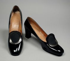 Pair of Woman's Pumps. United States, circa 1968. David Evins; I. Magnin & Co., Los Angeles, California | LACMA Collections