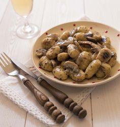 Gnocchis à la crème, aux champignons et sel de romarin - Ôdélices : Recettes de cuisine faciles et originales !