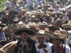 Sábado de Gloria: así se vive la fiesta en Jerez Charros! Charros! Y mas Charros!!