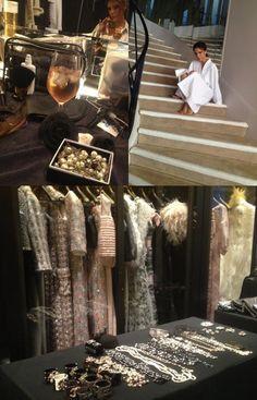 Victoria Beckham numa sessão de fotos nos salões da Chanel da Rue Cambon, onde foi fotografada por Karl Lagerfeld vestindo peças de alta costura da grife.