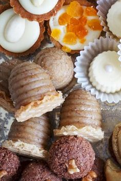Food Cakes, Waffle, Crackers, Cake Recipes, Sausage, Deserts, Muffin, Cooking Recipes, Sweets