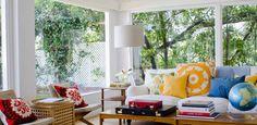 55 Amazing Sunroom Design Ideas : An Amazing Sunroom With A Tree Behind The Window