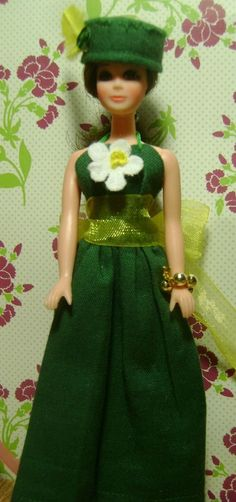 St.Patrick/'s-Homemade Doll Clothes-Gold Glitter Shamrocks Shirt fits Ken Doll B2