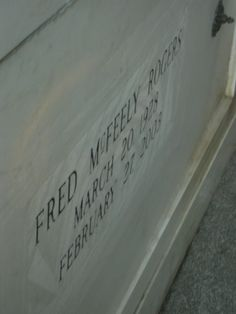 45 Best Presidential Gravesites Images In 2020 Famous Graves Cemeteries Famous Tombstones