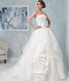 Ball Gown Wedding Dresses : Stunning Toi Spose Wedding Dresses  MODwedding