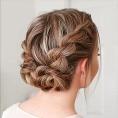 Now you know how to weave a Dutch braid. On its basis you can independently make different hairstyles. The braid itself can be braided in the center sideways diagonally with a snake around the head weave a ribbon or bows of hair. - August 11 2019 at Weave Hairstyles, Cool Hairstyles, Hairstyle Ideas, Formal Hairstyles, Wedding Hairstyles, Hairstyle Braid, Braided Updo, Braided Hairstyles For Short Hair, Simple Hairstyles For Medium Hair