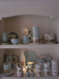 GreenGate Stoneware and Ceramics Amy, Spot Pale Blue and Wendy White