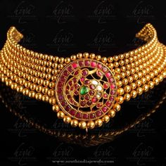 Gold Antique Necklace Designs from Hiya Designer Jewellery, Gold Necklace Collections from Hiya Jewellery.