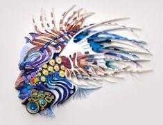 Paper quilling has seen a resurgence over the last few years, and it's arguably all thanks to the handiwork of paper artist Yulia Brodskaya. Quilling Images, Paper Quilling Designs, Quilling Patterns, Arte Quilling, Quilled Creations, Quilled Paper Art, Arts And Crafts, Paper Crafts, Colossal Art
