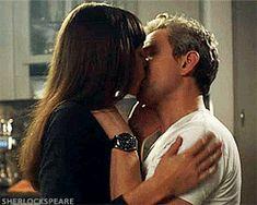 Martin's hot kiss scene in Startup   waggggghhhhhh!!!!!!! >___<