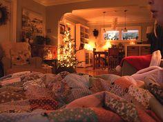 Posie Gets Cozy: December Now Decoration Inspiration, Room Inspiration, Dream Rooms, Dream Bedroom, Deco Cool, Dream Apartment, Aesthetic Room Decor, Cozy Room, New Room