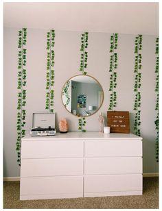 Indie Room Decor, Cute Bedroom Decor, Room Design Bedroom, Teen Room Decor, Aesthetic Room Decor, Room Ideas Bedroom, Bedroom Inspo, Teen Bedroom, Mirror Bedroom