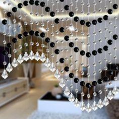 Нитяные шторы с бусинами – новое модное направление в дизайне помещений, способное внести нотку свежести и оригинальности