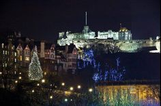 Edinburgh Christmas Traditions - The Tree on the Mound Big Christmas Tree, Christmas Scenery, Christmas Lights, Grade Book Template, Edinburgh Christmas, Edinburgh Castle, Deck The Halls, Christmas Traditions, Things To Do