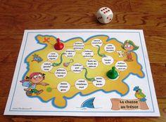 Activité d'étude de mots La chasse au trésor: au cours de cette activité, les élèves lancent un dé pour faire avancer un pion sur le plateau de jeu en lisant chacun des mots retrouvés dans les cases. Le premier joueur qui atteint la case X gagne la partie. Avec des pratiques fréquentes, l'élève pourra s'approprier les mots à l'étude et en assimiler l'orthographe pour s'en servir en écriture. Document modifiable!