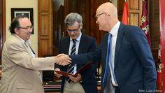 Colaboración con el TSJ para el desarrollo de nuevas tecnologías http://www.um.es/actualidad/gabinete-prensa.php?accion=vernota&idnota=45671