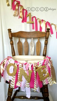 PINK & GOLD birthday high chair banner - Princess party - Sparkle party - Birthday decoration : fabric - wooden letters - chevron - glitter by eieiodesigns on Etsy (null)