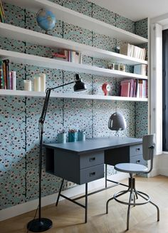 colourful wallpaper behind floating white shelving. apartment paris 1 double g interior design Workspace Design, Home Office Design, Office Decor, House Design, Spare Bedroom Office, Teen Bedroom, Bedrooms, Double G, Decoracion Vintage Chic
