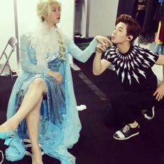 Super Junior's Heechul and Henry transform into Queen Elsa and Prince Henry | allkpop