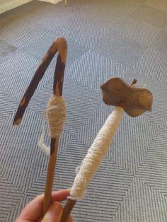 A gauche, ancine, fuseau utilisé en Corse, à droite fuseau vertical tournant