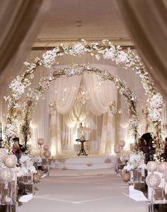 gorgeous indoor wedding aisle decor ideas