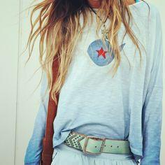 camiseta de petite Manuela ,pintadas a mano.(facebook petite Manuela)