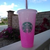 Cute Starbucks reusable cold cup with ombre pink glitter. Super cute just by its self or you can add decals ,or Name or your personal pictures to it . made to order drders take 2 to 3 weeks to finish and ship. Starbucks Glitter Cup, Starbucks Coffee Cups, Starbucks Venti, Starbucks Tumbler, Starbucks Drinks, Iced Coffee, Personalized Starbucks Cup, Custom Starbucks Cup, Glitter Cups