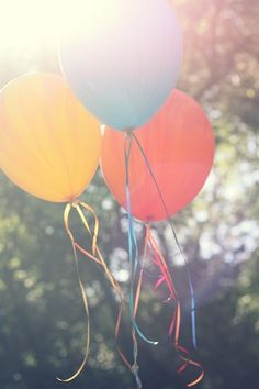 instead of throwing bird seed, release balloons?