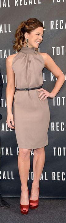 Kate Beckinsale: Dress - Christian Dior Shoes - Brian Atwood Jewelry - Dana Rebecca Designs