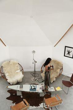 Home Room Design, House Design, Berlin Apartment, Studio Apartment, Welcome To My House, Workspace Design, Scandinavian Interior Design, Room Planning, Aesthetic Room Decor