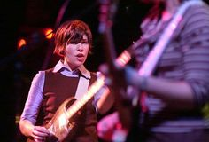 Carrie Brownstein, formerly of Sleater-Kinney. Reunite, please.