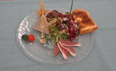 Mi-cuit de foie gras maison et son mesclun périgourdin #Beaujolais #LeChatard #Restaurant