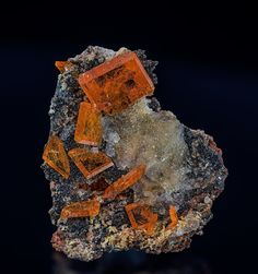 Wulfenite, Quartz Locality: Chah Milleh Mine, Chah Milleh, Anarak District, Nain County, Esfahan Province, Iran Dimensions: 3.2 x 2.7 cm / Mineral Friends <3