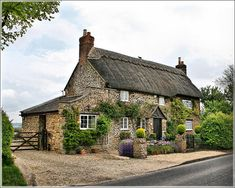 Thatched Roof Cottage, The Cotswolds