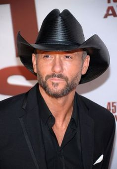 Country superstar Tim McGraw is an avid supporter of the U. military 1305ee05df90