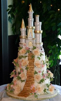 Fairy Tale Castle Cake created by Freed's of Las Vegas Gorgeous Cakes, Pretty Cakes, Cute Cakes, Yummy Cakes, Amazing Cakes, Take The Cake, Love Cake, Realistic Cakes, Disney Inspired Wedding
