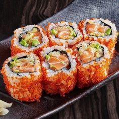 delicious sushi discovered by Miriam K on We Heart It Onigirazu, Food Platters, Food Goals, Aesthetic Food, Food Cravings, My Favorite Food, Baby Food Recipes, Love Food, Asian Recipes