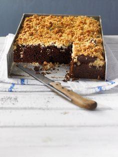 Saftige Brownies mit versunkenen Kokosstreuseln